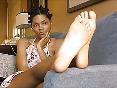 Uzun Ayaklar seks videoları - büyük siyah kedi